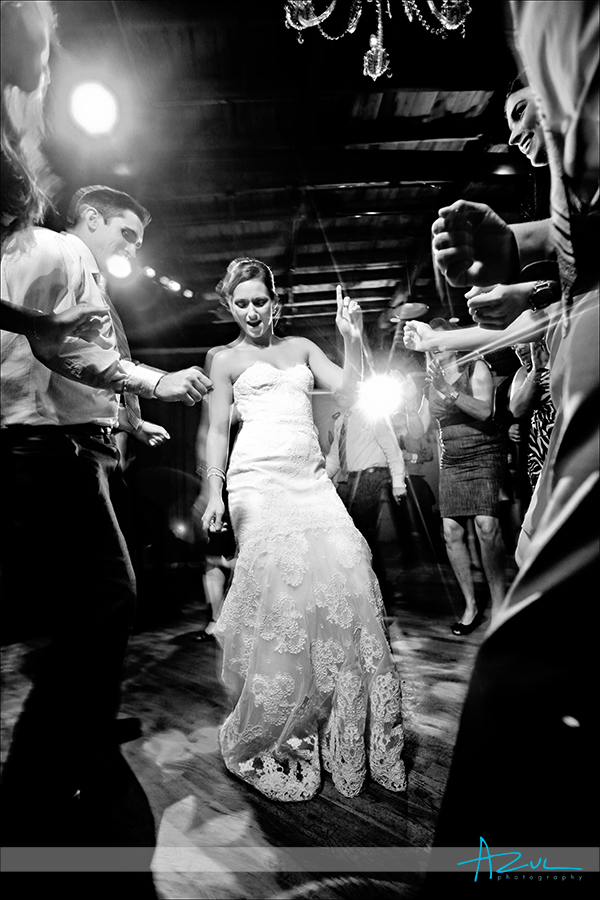 Wedding day dance moves for couples