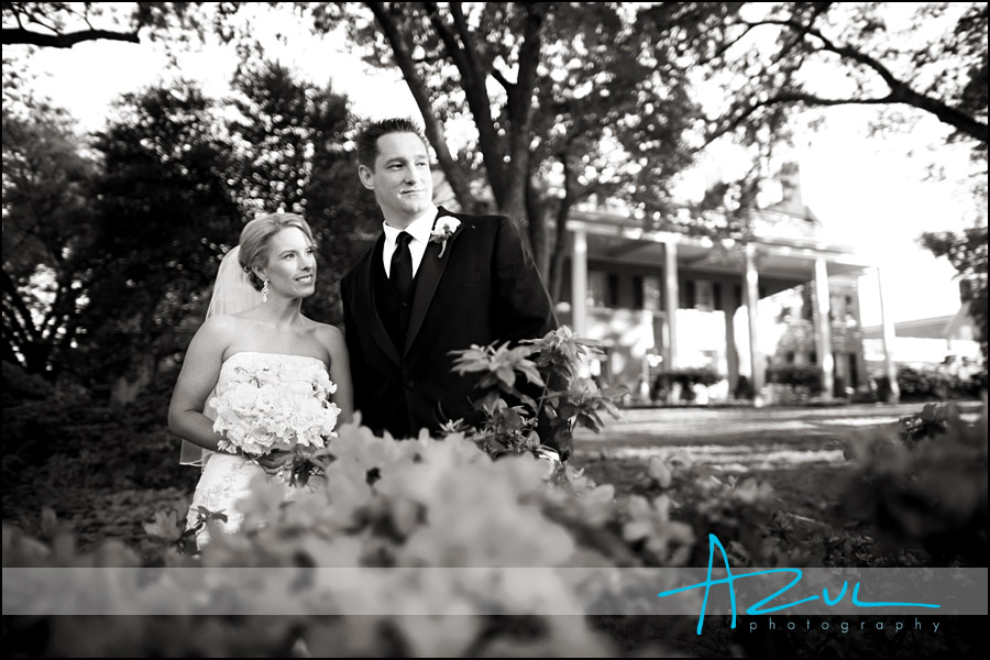 Carolina Inn bride & groom portrait