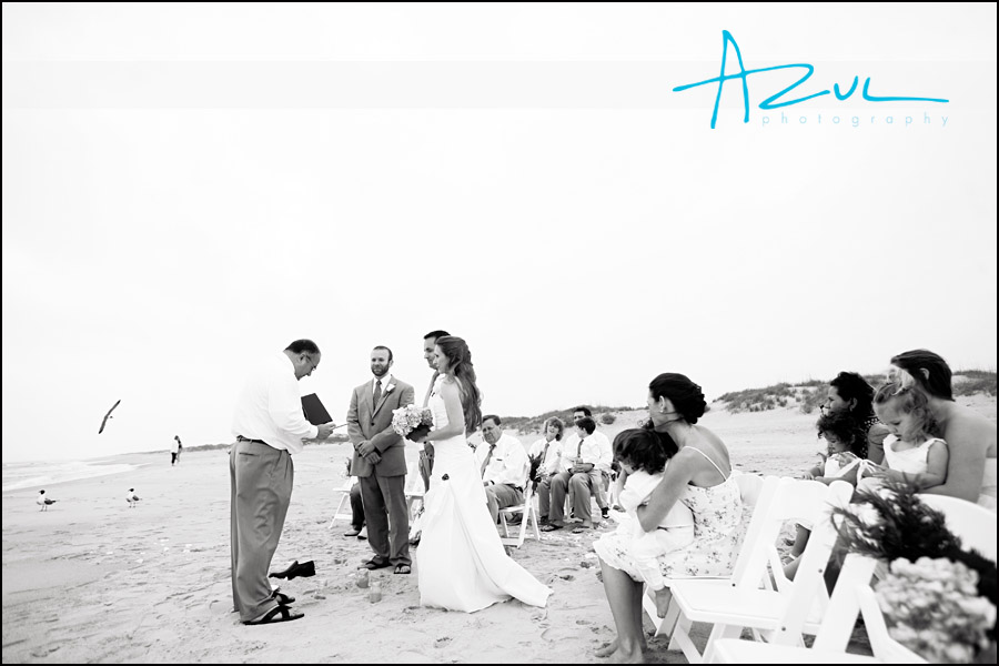 Outer Banks wedding photograph while on the beach.