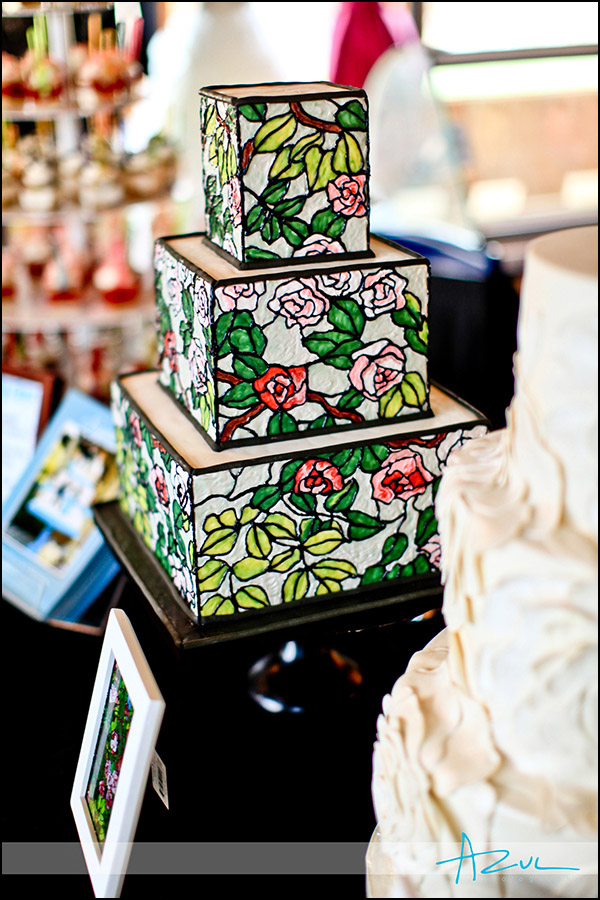 Raleigh wedding cake decorator