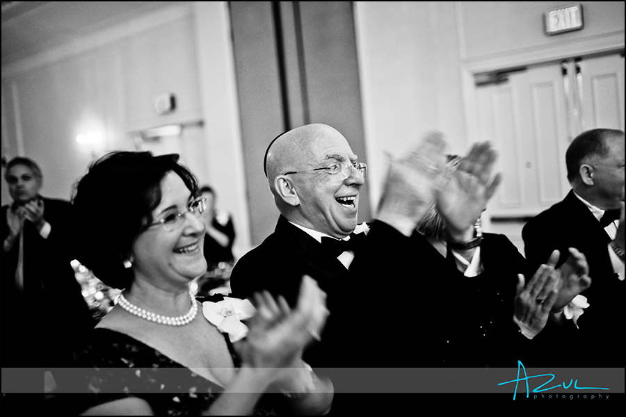 Raleigh wedding photojournalism at the Carolina Inn