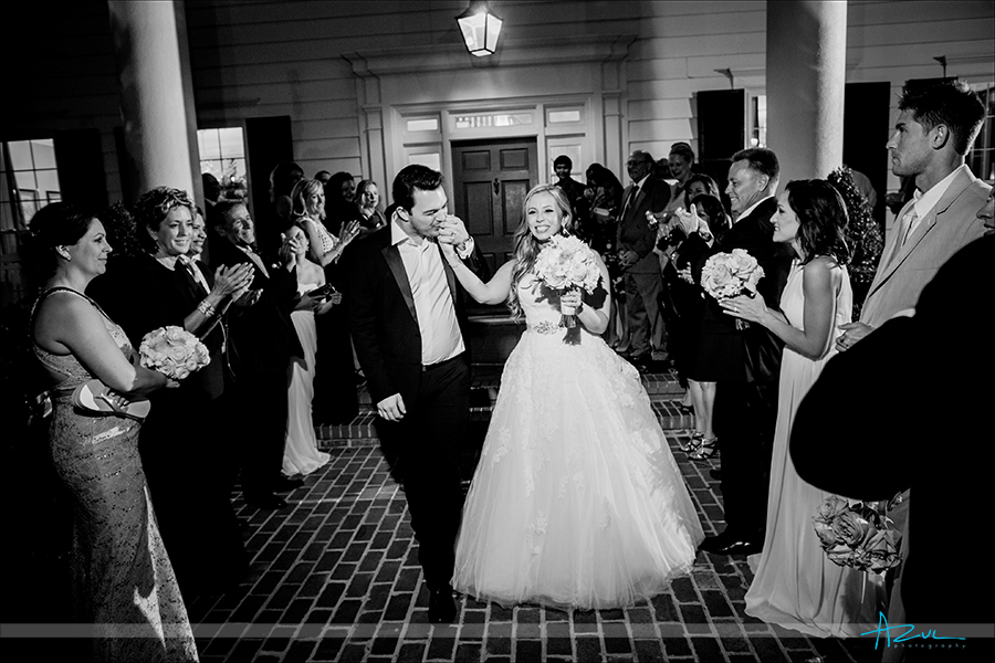 At Highgrove Estate the couple ended the wedding with an exit with friends and family in North Carolina.